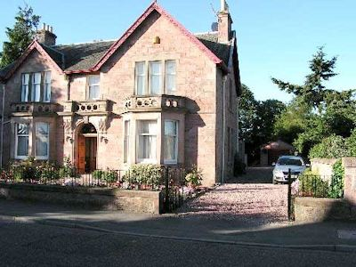 Glencoe B&B in Inverness