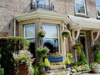Macrae House B&B Inverness